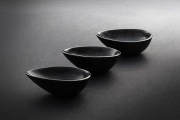 Click to enlarge image 01-egg-bowl-small-black-01.jpg
